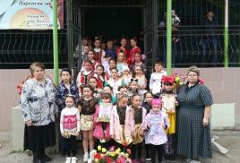 Праздник Двора, посвященный  Дню защиты детей  «Здравствуй лето»